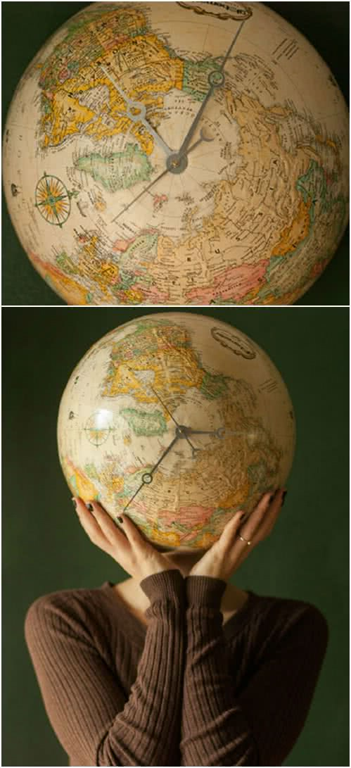 2-globe-clock